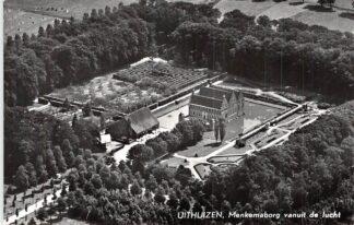 Ansichtkaart Uithuizen Menkemaborg vanuit de lucht KLM Luchtfoto 30488 HC2435