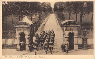 Ansichtkaart Amersfoort Hoofdpoort Infanterie Kazerne 1935 Soldaten Militair HC2577