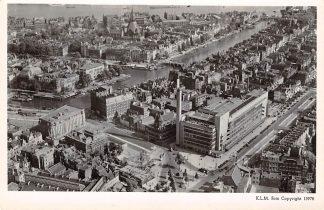 Ansichtkaart Rotterdam voor 1940 Bijenkorf en Omgeving 1947 KLM Luchtfoto 15978 HC2591