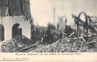 Ansichtkaart Rotterdam Brand te Feijenoord In het midden de Brandvrije Kluis 1902 HC2615