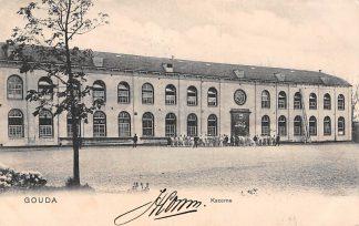 Ansichtkaart Gouda Kazerne met soldaten 1903 Militair HC2934