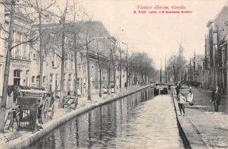 Ansichtkaart Gouda Nieuwehaven Paard en Wagen Handel in Petroleum Olien Zout en Steenkolen 1909 HC2940