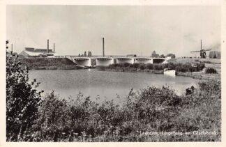 Ansichtkaart Leerdam Lingebrug en Glasfabriek Molen 1956 HC3015