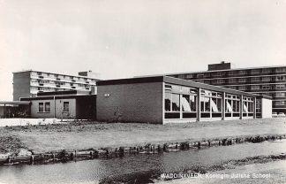 Ansichtkaart Waddinxveen Koningin Juliana School 1969 HC3024