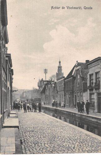 Ansichtkaart Gouda Achter de Vischmarkt 1918 HC3105