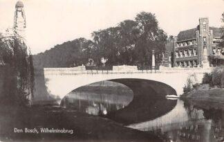 Ansichtkaart 's-Hertogenbosch Wilhelminabrug Den Bosch 1942 HC3133