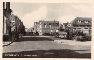 Ansichtkaart Bodegraven Pr. Hendrikstraat 1956 HC3252