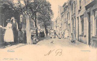 Ansichtkaart Gouda Groeneweg met gracht Vivat 2747 HC3368