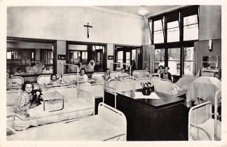 Ansichtkaart Eindhoven R.K. Binnen ziekenhuis Kinderzaal 1955 HC3541