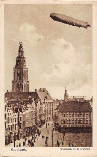 Ansichtkaart Groningen Zeppelin boven Tusschen beide Markten Luchtvaart Vliegtuigen HC3820