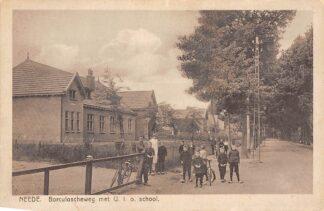 Ansichtkaart Neede Borculoscheweg met U.L.O. school HC3896
