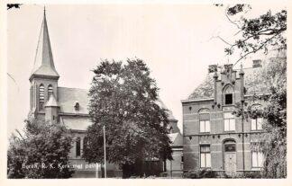 Ansichtkaart Buren (GD) R.K. Kerk met Pastorie 1956 HC3972