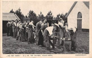 Ansichtkaart Ossendrecht Na het werk O.L.Vr. Ter Duinen Volks-Abdij 1941 HC4013