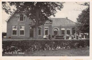 Ansichtkaart De Kooten O.L. School Fotokaart Achtkarspelen HC4023