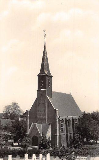 Ansichtkaart Gouderak Kerk met Begraafplaats op de voorgrond 1954 HC4158