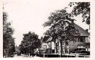 Ansichtkaart Veendam Van Beresteijnstraat 1951 HC4252