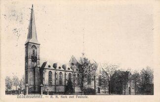 Ansichtkaart Dedemsvaart R.K. Kerk met Pastorie 1938 HC4282