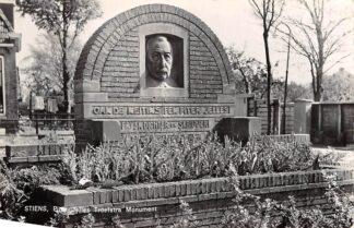 Ansichtkaart Stiens Piter Jelles Troelstra Monument 1962 HC4330