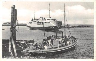 Ansichtkaart Breskens Aankomst Proc. Boot Breskens Holland Veer Pont 1954 Binnenvaart schepen Scheepvaart HC4375