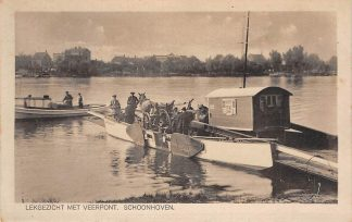 Ansichtkaart Schoonhoven Lek gezicht met veerpont woonwagen en paard en wagen Veer Pont Binnenvaart schepen Scheepvaart HC4442