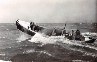 Ansichtkaart IJmuiden Motor strand reddingboot Jhr. H.J. Ortt 857 Ook Hollum Cocksdorp Terschelling Kon. N. & Z. Holl. Redding-Mij Scheepvaart Schepen HC4485