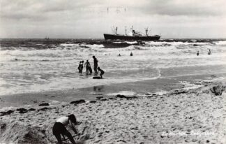Ansichtkaart Zoutelande Zeegezicht met schip Scheepvaart Schepen 1967 HC4499