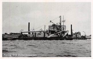Ansichtkaart Harderwijk Aanleg Dijk Zuiderzee werken Flevoland Baggermolen Frankrijk Verstoep Binnenvaart schepen Scheepvaart HC4618