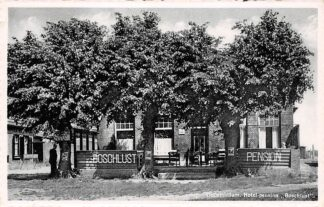 Ansichtkaart Oudemirdum Hotel Pension Boschlust met VVV-kantoor 1954 HC4626