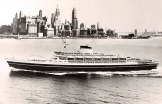 Ansichtkaart Scheepvaart Cristoforo Colombo in New York Rederij Italia Societa di Navigazione Italië Schepen HC4629