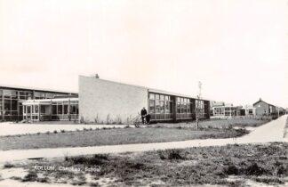 Ansichtkaart Kollum Chr. Lagere School 1965 HC4734