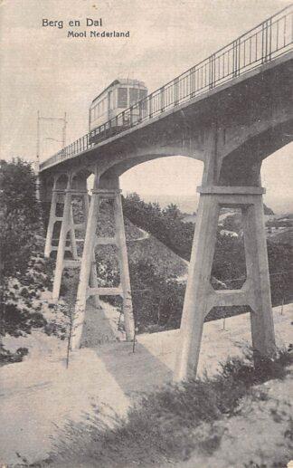 Ansichtkaart Berg en Dal Mooi Nederland met tram 1919 HC4919