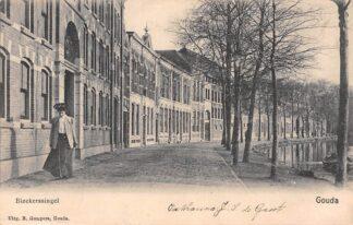 Ansichtkaart Gouda Bleekerssingel Wasserij Het Wapen van Amsterdam en mevrouw Gompers HC4942