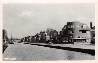 Ansichtkaart Assen Vaart Café de Pelikaan 1947 HC5067