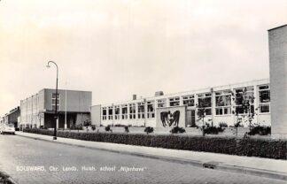 Ansichtkaart Bolsward Chr. Landb. Huish. School Nijenhove 1966 HC5083