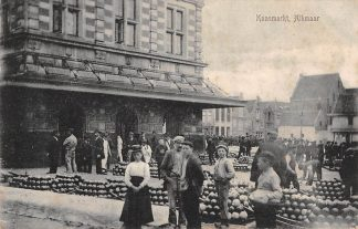 Ansichtkaart Alkmaar Kaasmarkt Straatleven Volksleven Markt HC5116
