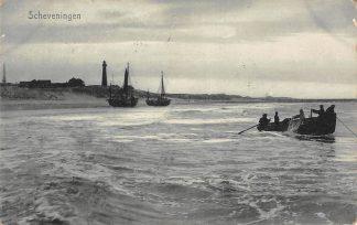 Ansichtkaart Scheveningen Vissers Schepen Vuurtoren Strand 1907 HC5129