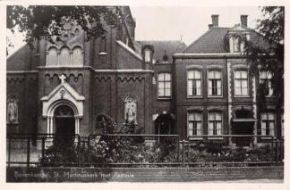 Ansichtkaart Bovenkarspel St. Martinuskerk met Pastorie 1950 HC5227