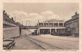 Ansichtkaart IJmuiden Visch station met trein wagon Overweg naar Bik en Arnoldkade 1916 HC5230