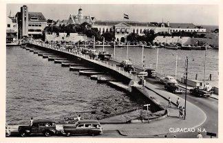 Ansichtkaart Curacao Pontoon Bridge Governor's Residence Nederlandse Antillen Auto Noord-Amerika HC5244