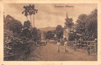Ansichtkaart Nederlands-Indie Tomohon (Menado) Azie Kerk HC5285
