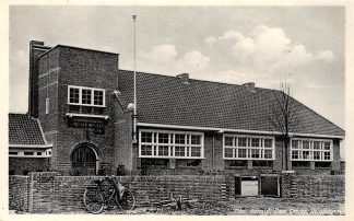 Ansichtkaart Den Oever Wieringen Chr. School HC5424