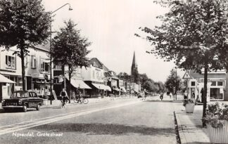Ansichtkaart Nijverdal Grotestraat Auto 1957 HC5489