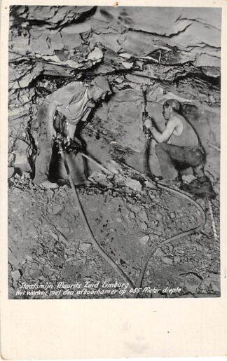 Ansichtkaart Lutterade Staatsmijn Maurits Het werken met afboorhamer op 455 meter diepte Sittard Geleen HC5645