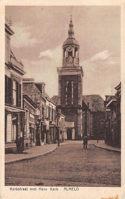 Ansichtkaart Almelo Kerkstraat met Hervormde Kerk 1937 HC5753