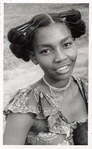 Ansichtkaart Zaïre Congo Femme Basonge Fotokaart Meisje Afrika België HC5923