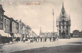 Ansichtkaart Gouda Markt hoek Groenendaal Stadhuis R.K. Kerk Kleiweg HC5927