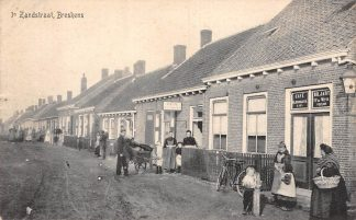 Ansichtkaart Breskens 1e Zandstraat Café Biljart Militair verzonden Zeeuws-Vlaanderen 1914 HC6017
