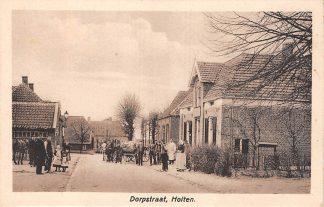 Ansichtkaart Holten Dorpstraat Paard en wagen met melkbussen HC6170