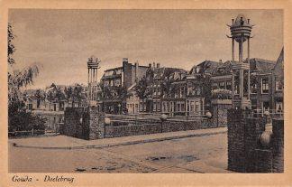 Ansichtkaart Gouda Doelebrug Fluweelensingel met Garage HC6389