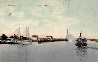 Ansichtkaart Gouda Nieuwe Vaart met stoomboot naar Boskoop Binnenvaart schepen Scheepvaart 1909 HC6394